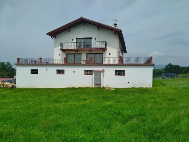Casa En zugarramurdi