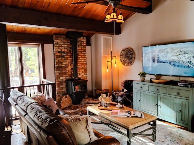 | Pinecone Cottage | Two Beds-Baths | Wood Stove |