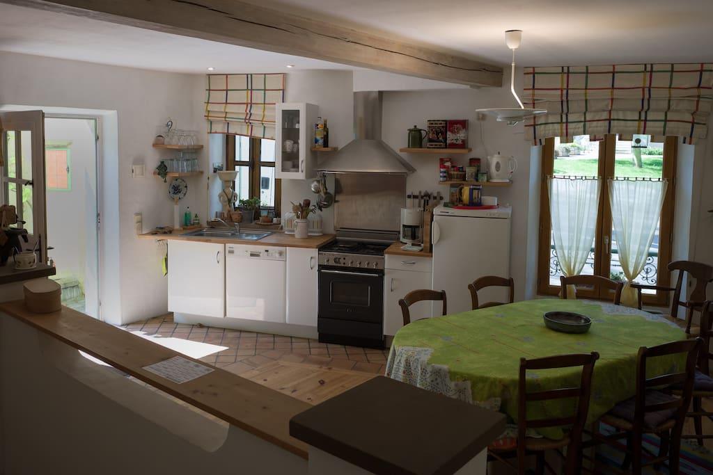 Küche und Toilette