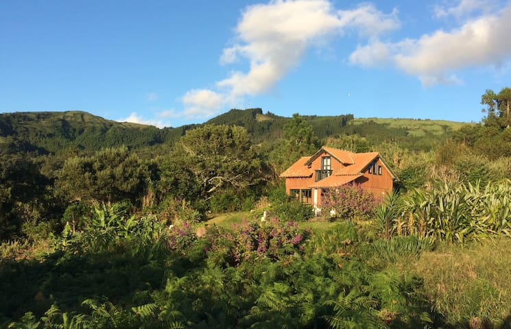 Samsara House - Ginetes - Casa