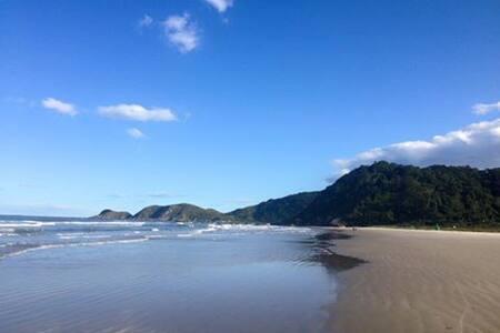 Ilha do Mel- Praia Grande - Canto da Vó - Paranaguá - House