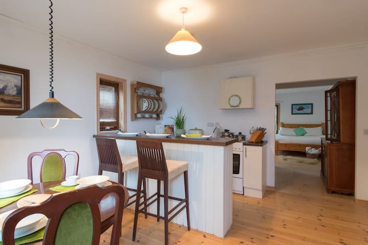 Sea Breeze on Galway Bay - Oranmore - Apartamento