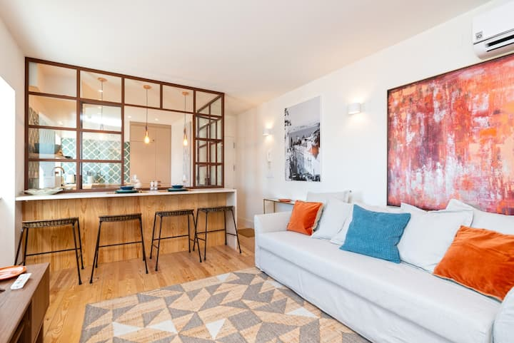 NEW! Stylish w/ river view in historical Lisbon!AC