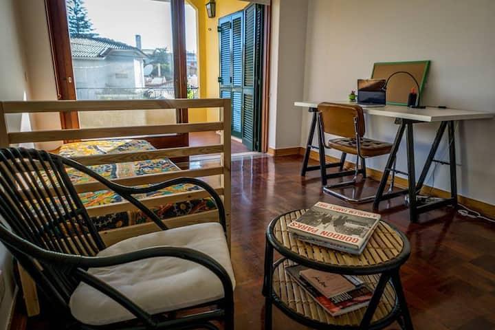 Beach Side House - Private Single Room