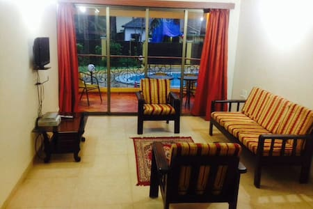 Huge fully loaded 2Bhk apt pool facing near Baga - Lakás