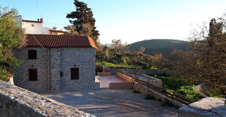 Horizon Villa Kastellos Rethymno - Kastellos - Talo