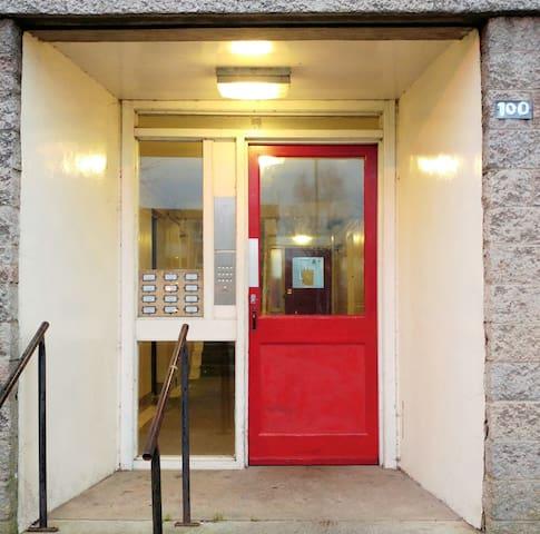 Convenient Apartment - Paisley - Apartamento