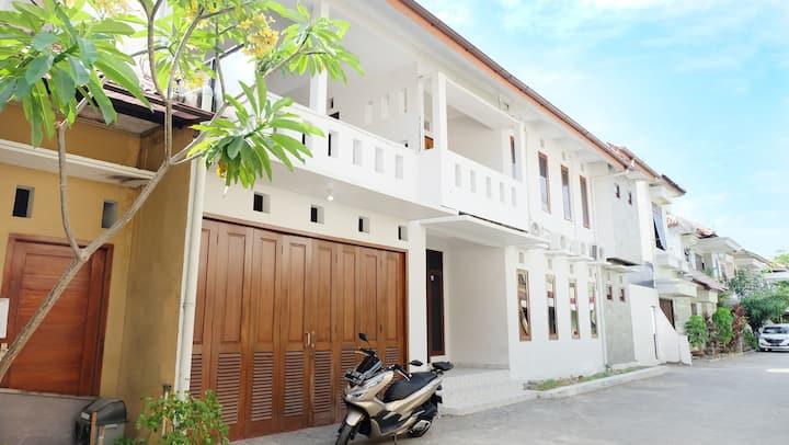 Rumah 4 Kamar  Full Ac Seputaran Masjid Jogokaryan