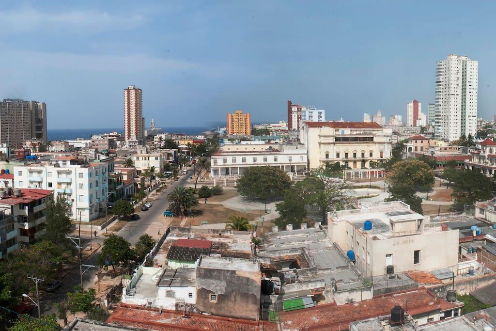 Vista lateral a la ciudad