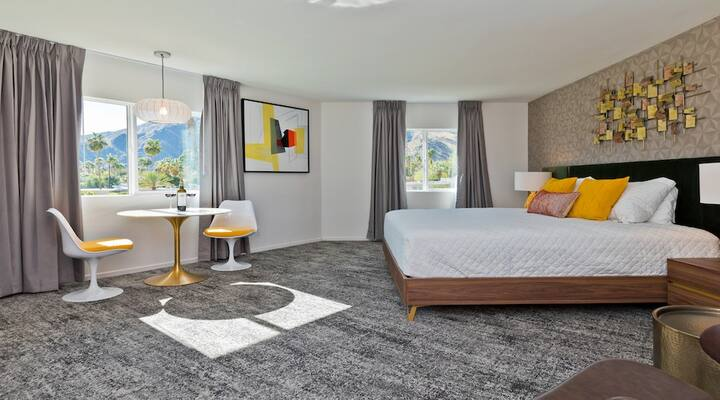 The Cole King: Newest Hotel in Palm Springs