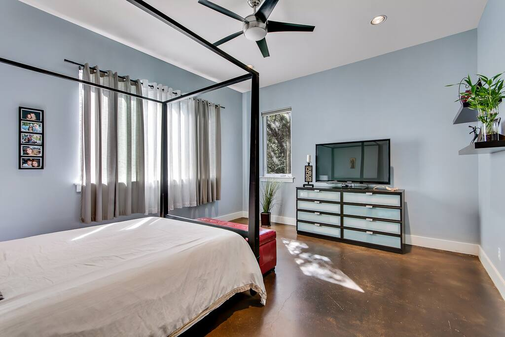 """BR1 Master Bedroom with 55"""" Smart TV"""