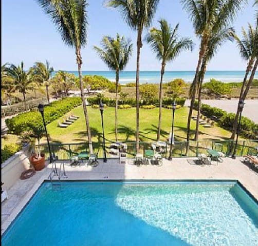 Modern and Luxurious Apartment/Surfside South Beach/On the Beach/Luxurious Mall/Parking/Pool/Great Price