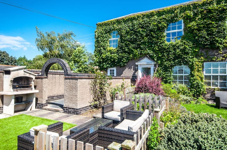 Greystones - For couples or business travellers