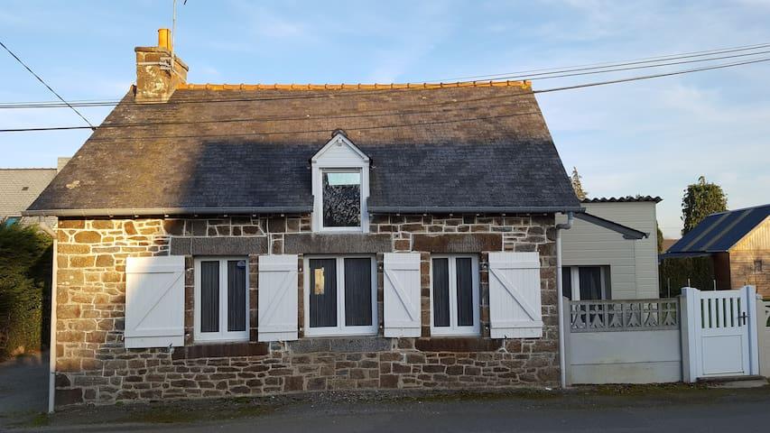 Gîte proche St Malo/Le Mt St Michel/Dinan/Cancale - Plerguer - Hus