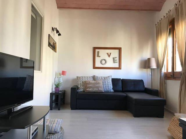 Gracia Travesera 2 Bedrooms Renovated Apartment