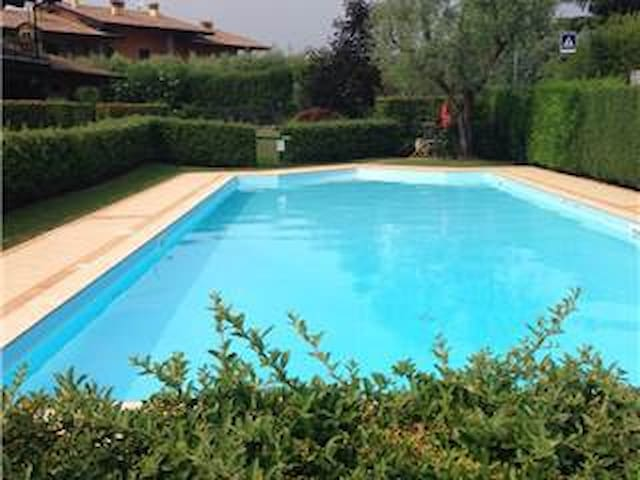 CHARM & COMFORT VILLA AT GARDA LAKE - Moniga del Garda - Таунхаус