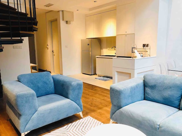 Scandi Designer Duplex 3Bedrooms @ SOHO 时尚北欧三房复式公寓