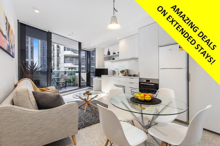 2BDRM Sth Yarra VIEWS *WIFI+PARKING