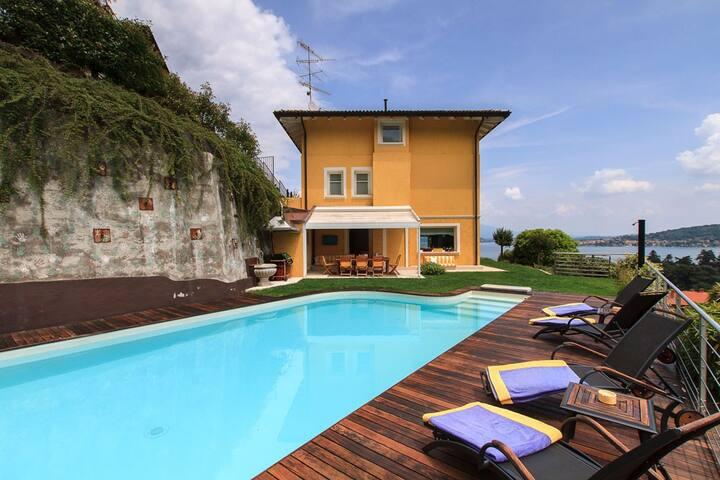 villa vista lago con piscina - Meina - 別荘