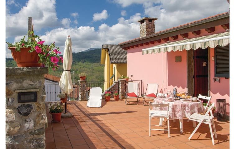 Terraced house with 2 bedrooms on 70 m² in Cembrano Maissana -SP-