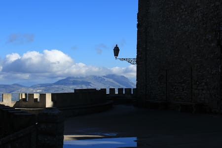 Cheap&Chic Cozy Home at Erice - Erice