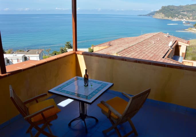 Lovely Panoramic Penthouse - Agnone Cilento - Flat