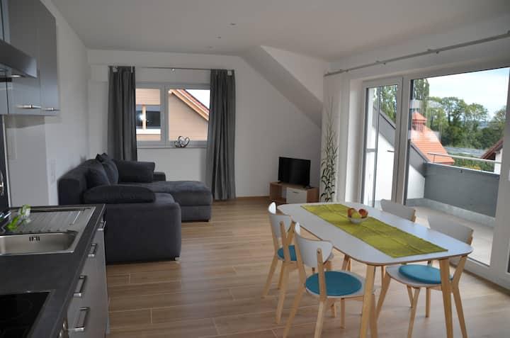 Schöne 2,5 Zimmer Ferienwohnung mit Alpenpanorama