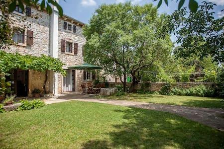 Andrea`s House  - near Rovinj  - Sošići