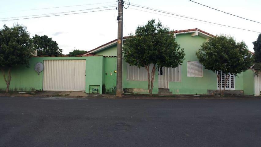 Casa para 11 Região Capitólio