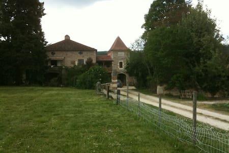 PORT DE LANGLE - cahors - House