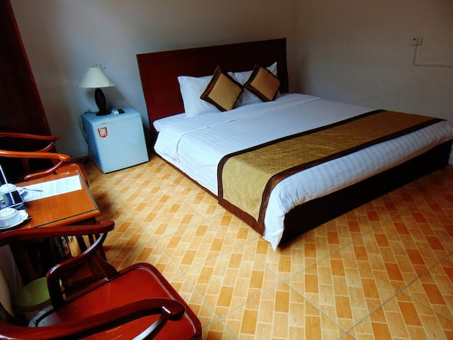 Alex Halong Hotel and Hostel - Double Room