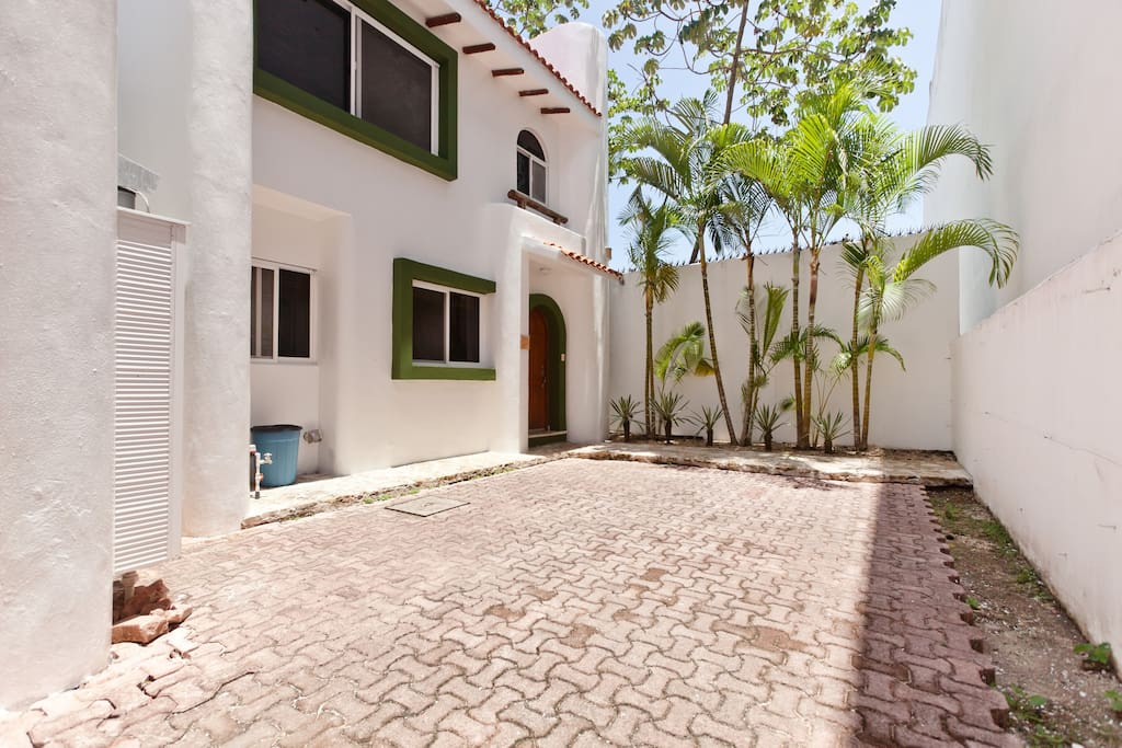 The drive way offers parking for two cars. Also, the main entrance to Villa Mayamar A1