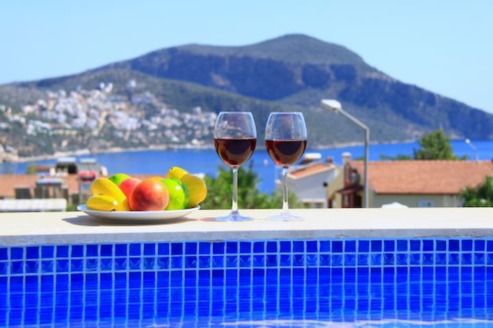 Duplex Apartment With Private Pool and Sea View - Kaş - Apartemen