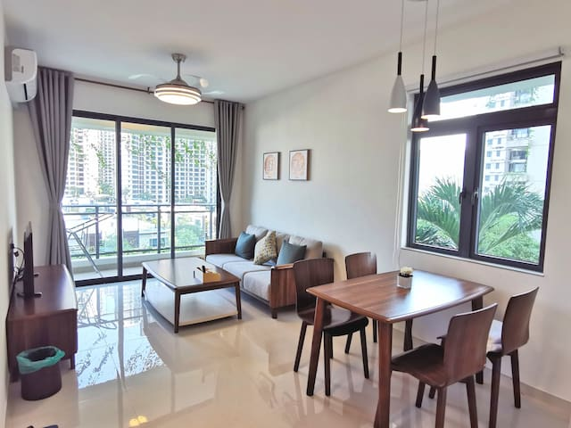 RM900/month, Forest City, 2-3 pax apartment, Tuas