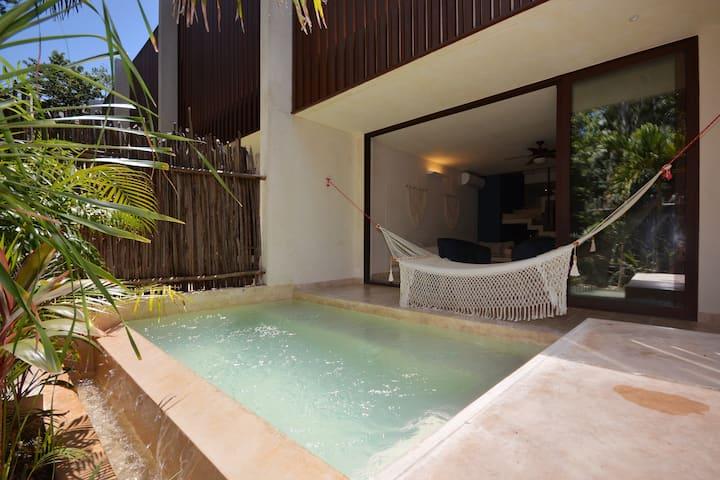 Amazing Townhouse with Private Pool in Aldea Zama