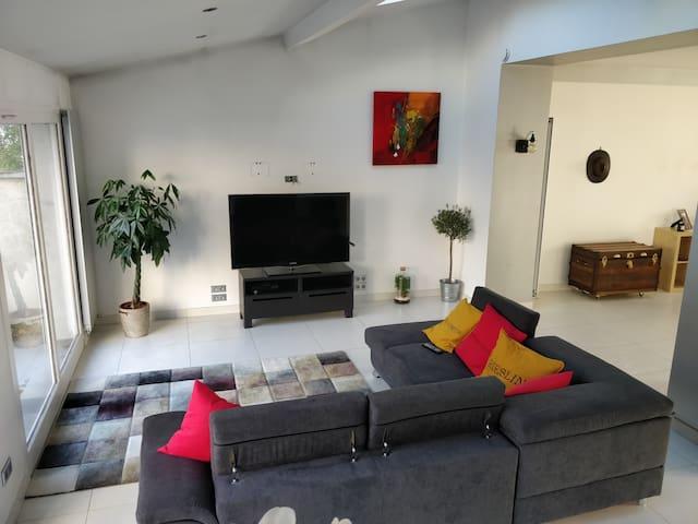 Chambres dans grande maison au cœur de Montchat