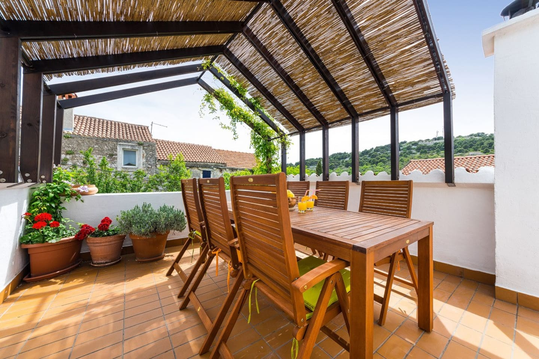 Cute roof terrace