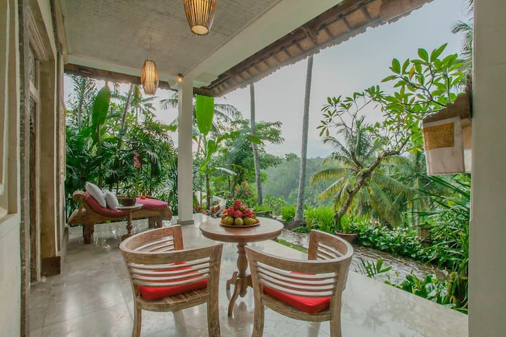 Sayan Terrace Deluxe Pool Suite with Superb Views
