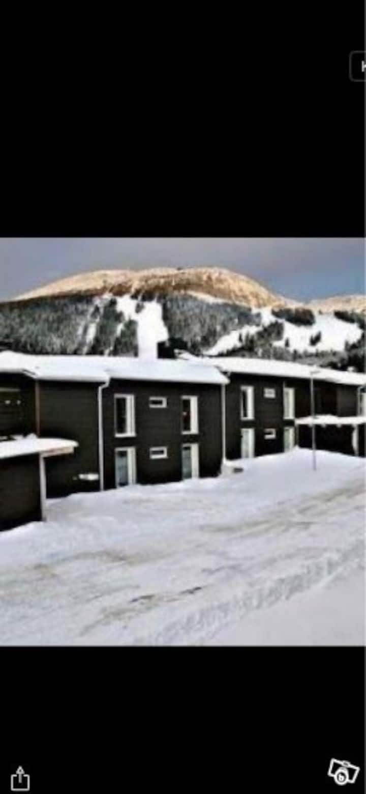 Lägenhet vecka 6, invid Holiday Club, Åre
