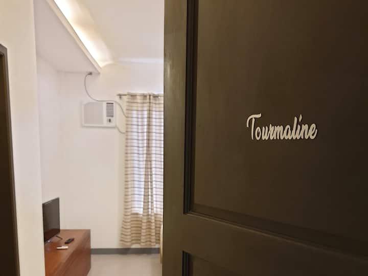 Tourmaline @ La Casa Ramirez, 3 km to Vigan City