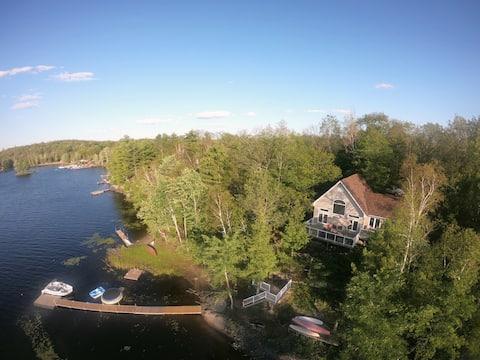 Granite Cove Cottage - Kennebec Lake, Arden ON.
