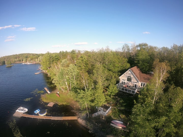 Granite Cove Cottage - Kennebec Lake, Arden ON.