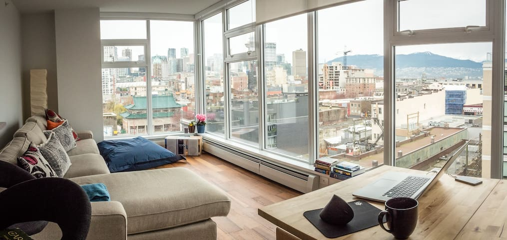 Luxury Condo with Best City Views