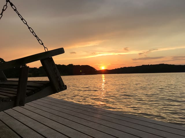 GREAT FALL RATES!! Great water & close to I-85
