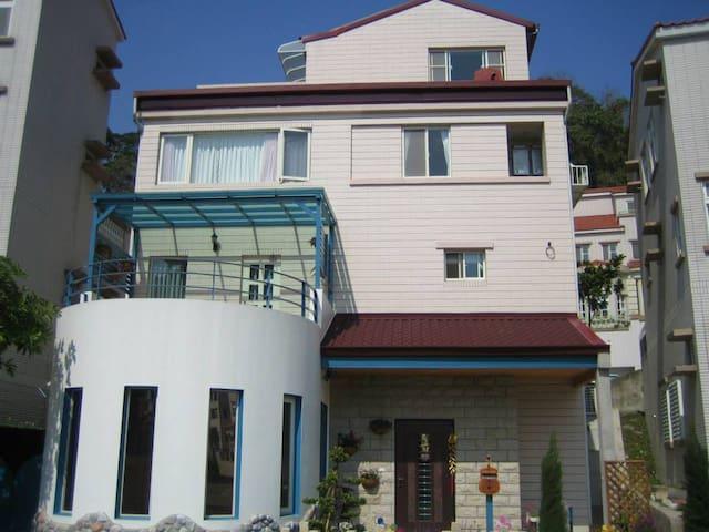 近新竹科學園區的希臘式溫暖別墅小屋 - 新竹縣寶山, TW - Casa