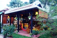 Golden+Lantern+Homestay+Bamboo+Room