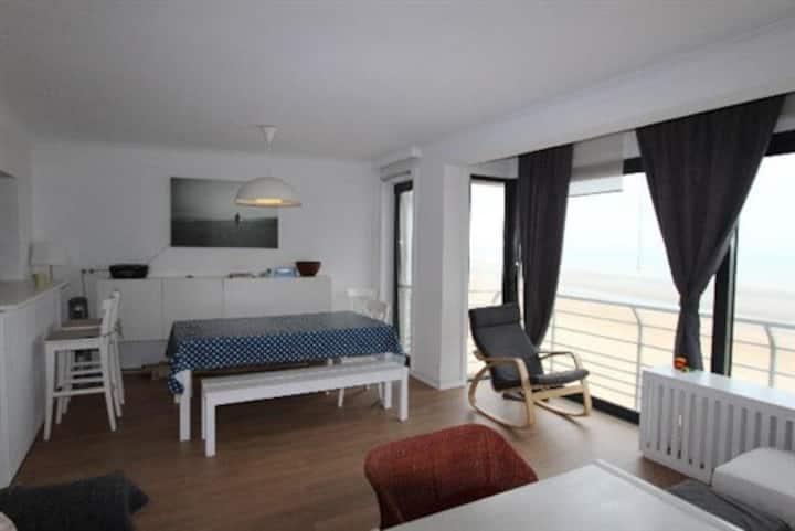 Appartement avec vue sur mer récemment rénové