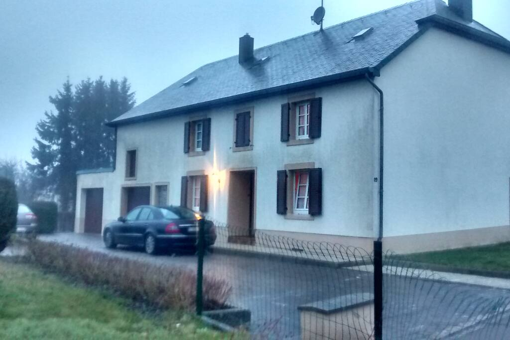 Maison louise houses for rent in bigonville diekirch for Luxembourg homes