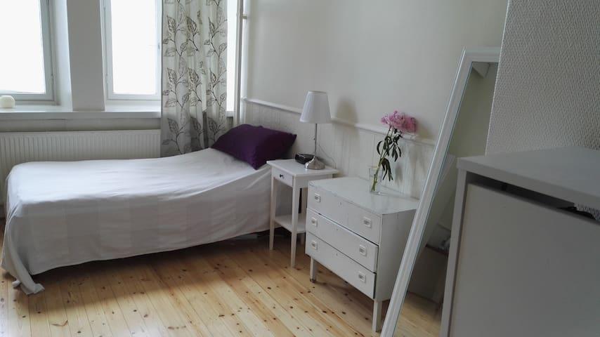 Bright apartment apartment in Eira, 10min - center - Helsinki - Appartement