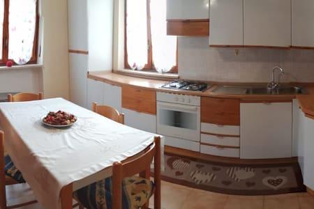 Confortevole Appartamento a Châtillon - Lo Pianet